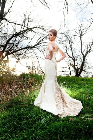 """A back view of our """"fuxico"""" dress , this time into a much more bohemian , chic feeling ..."""