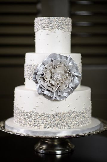 sugarland wedding cake chapel hill nc weddingwire. Black Bedroom Furniture Sets. Home Design Ideas