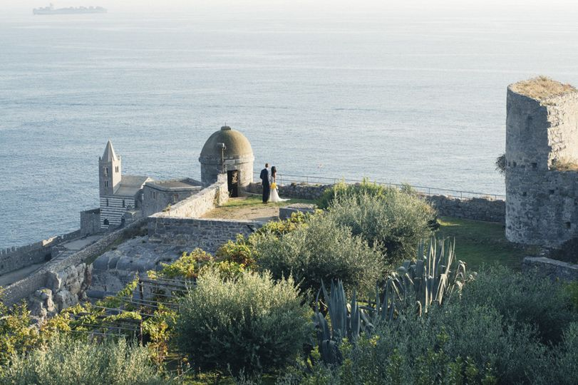 Sweet Elopement in Doria castle Ruins in Portovenere