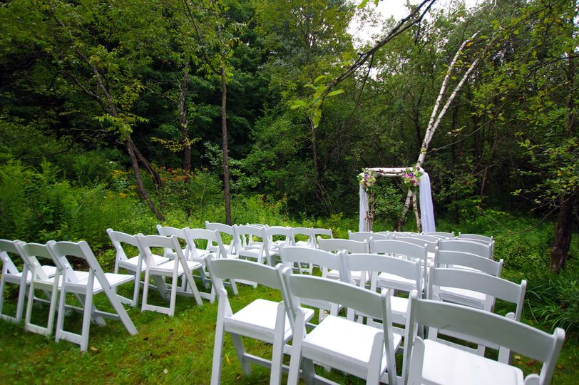debe9c18c83bf8f4 1537907973 f358e3cfc447fc97 1537907947807 3 Wedding Setup web