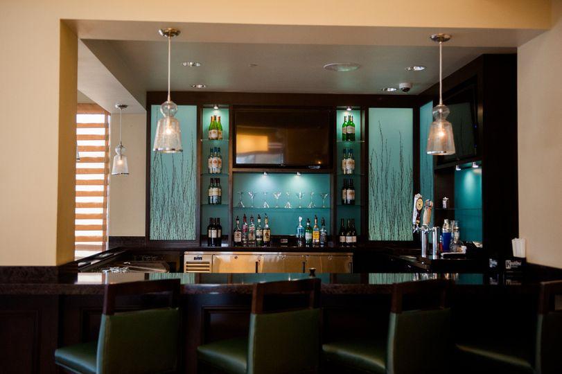 hgir lobby bar with seating 2