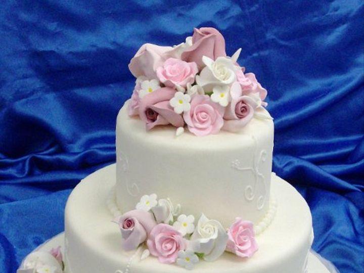 Tmx 1231265436156 Pinkenglishrose Catonsville wedding cake