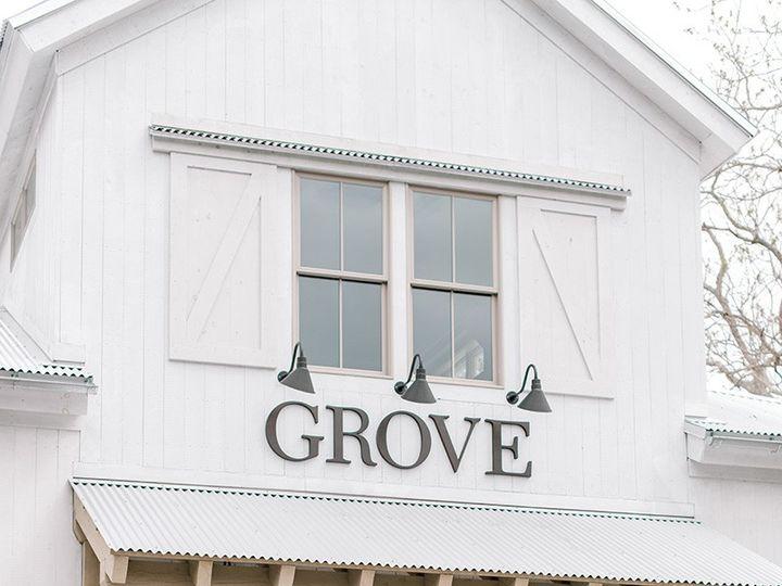 Tmx Alicia Ann Photographie Barn Entrance Grove Bride And Groom 51 1000472 1566587356 Rowley, MA wedding venue
