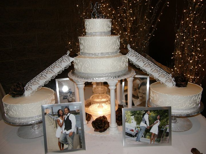 Tiered cake with bridges, fountain and BLING!