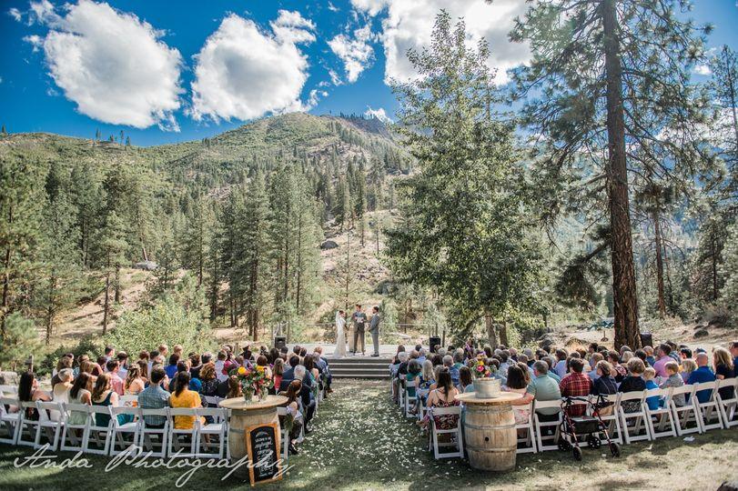 Kingfisher Meadow ceremony