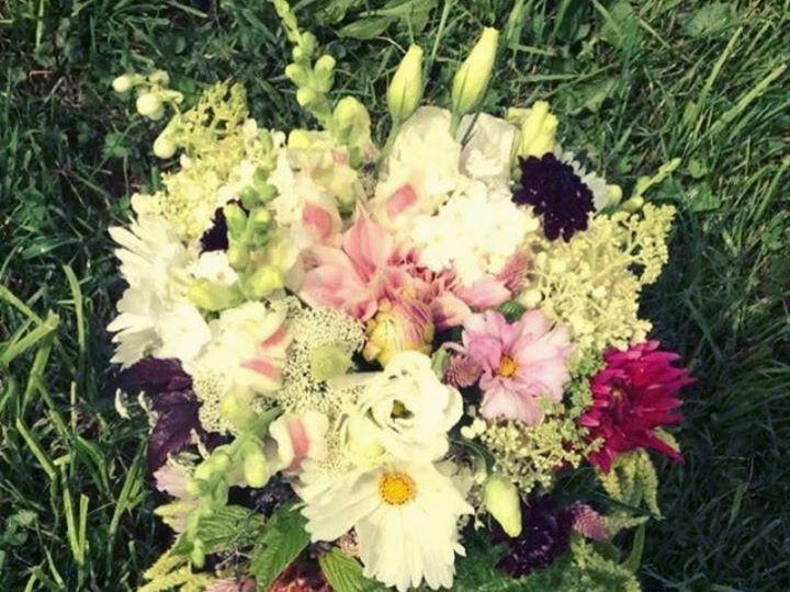 Tmx 1510260504987 Img8817 Ferrisburgh wedding florist