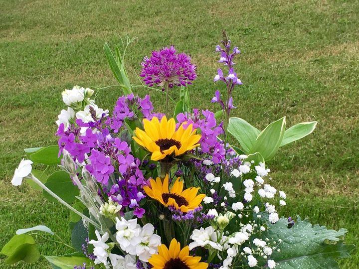Tmx 1510261348899 Img7245 Ferrisburgh wedding florist