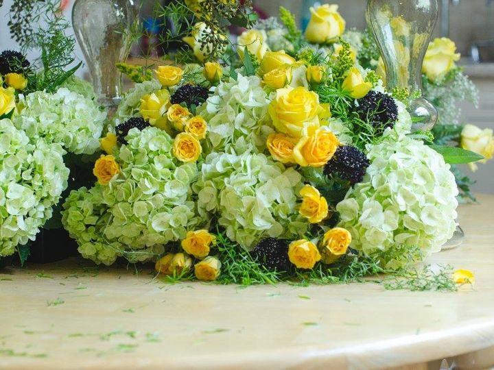 Tmx 1482435275941 Center Piece Newark wedding florist