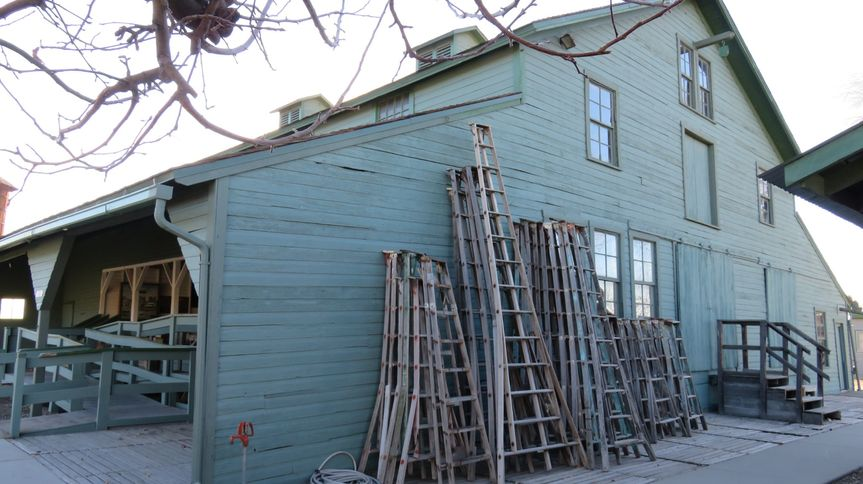 Ladders for decor