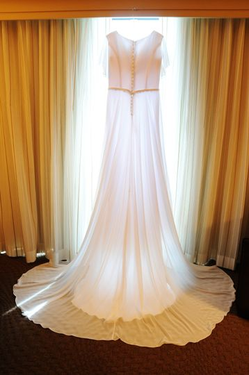 The dress - Erin Hession Photography