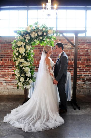 Bride and groom - Erin Hession Photography