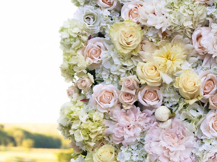 Tmx 1530198248 369ac5f00300866a 1530198244 Ac703e9dd4d37df5 1530198232813 1 Carlyle  10  Whitestone, New York wedding florist
