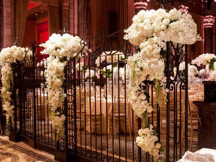 Tmx 1530199628 F73448a8df4bedda 1530199625 4fe599b21af0f322 1530199609888 33 IMG 1398 Whitestone, New York wedding florist