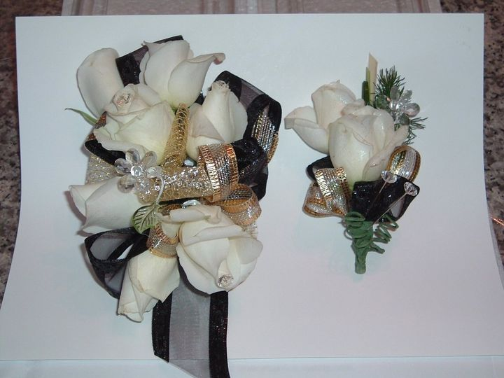 Flower Gallery Featuring Floral Designs By Gene Flowers Revere