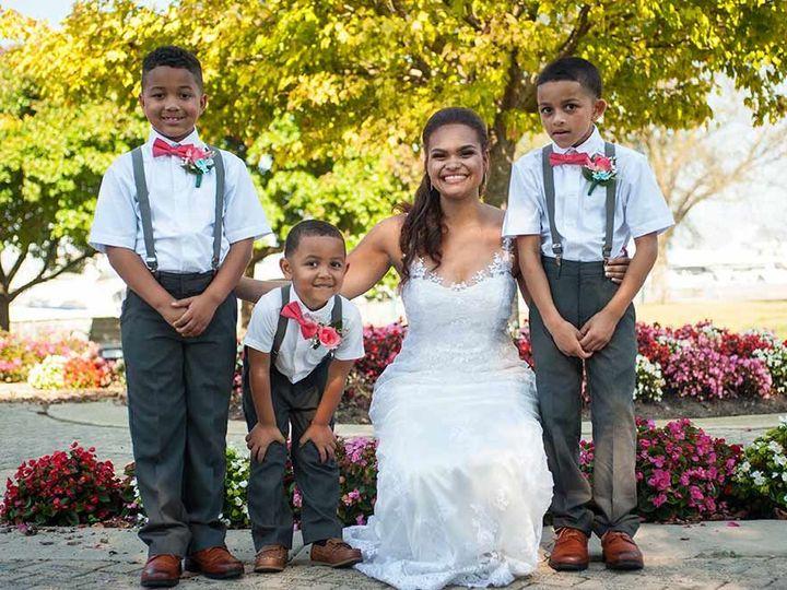 Tmx 1534900405 D035b12cfc477c0f 1534900404 41ef7fe9f174db64 1534900404023 1 Quee 3 Copy Lake Geneva, WI wedding photography