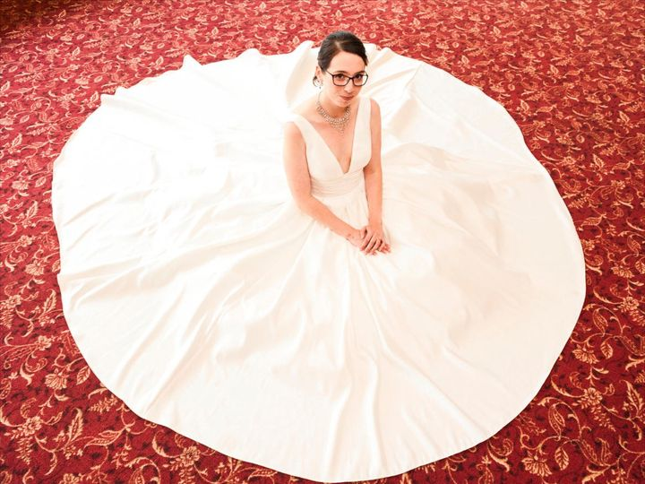 Tmx Flowerbride 51 942572 159397801158873 Lake Geneva, WI wedding photography