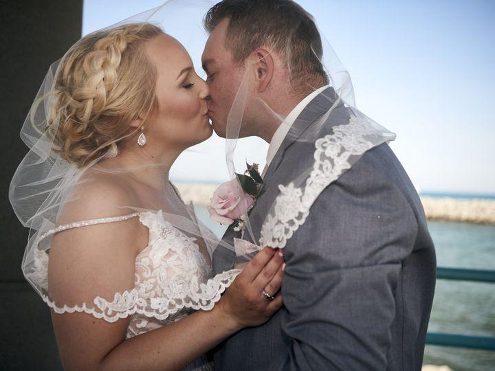 Tmx Veil Kiss 51 942572 159603614619650 Lake Geneva, WI wedding photography