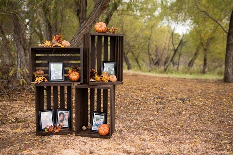 Outdoor decor sample