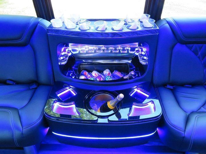 Tmx 22 Passenger Ice Chest 720x540 51 106572 160488383894783 Freehold, NJ wedding transportation