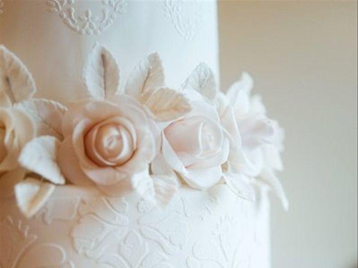 Tmx 1274107352265 Cakes0119 Snohomish wedding cake