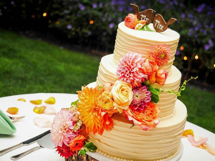 Tmx 1419893137424 Aj Cake Samples 105 Snohomish wedding cake
