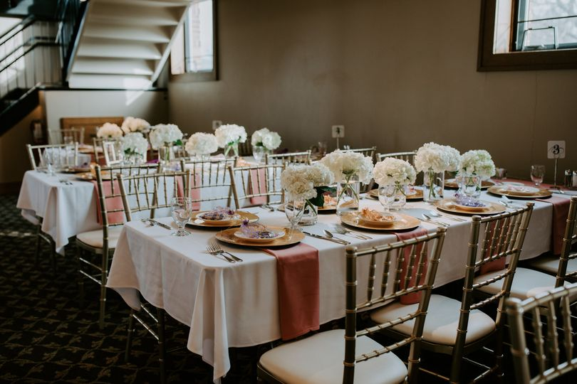 Table and flower set-up