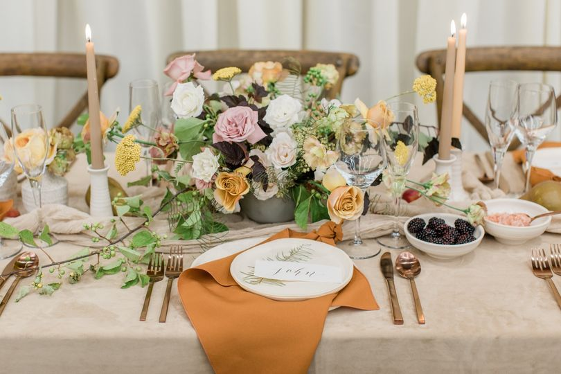 Monochromatic Tablescape