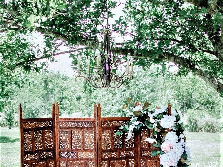 Tmx 1535738117 B1f7345600216b27 1535738115 A29a9ee63ecfca9b 1535738094671 4 Wooden Room Divide Kemah, TX wedding venue