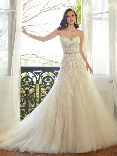 Elegant Bridal Dress Attire Burlington Nc Weddingwire