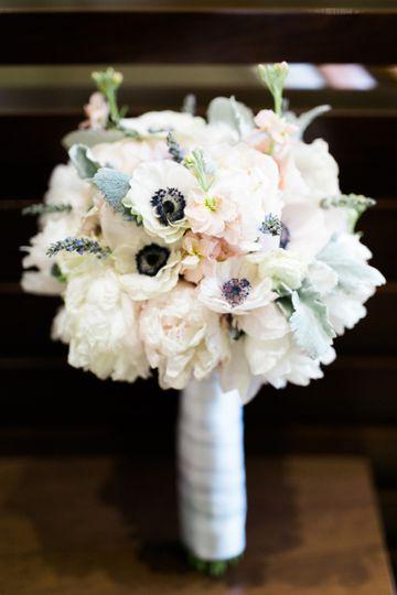 The bouqs co flowers nationwide weddingwire 800x800 1468456393552 linda1 junglespirit Choice Image