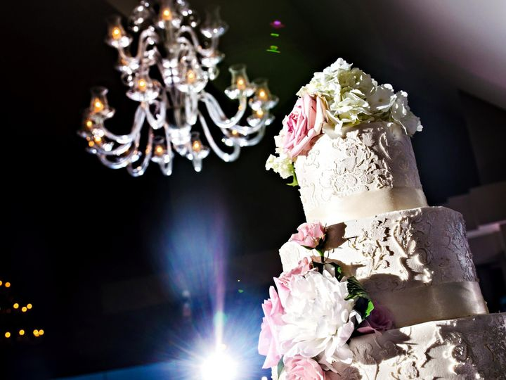 Tmx 1435770626395 Dina Cake Chandelier By Lg Irving, TX wedding venue