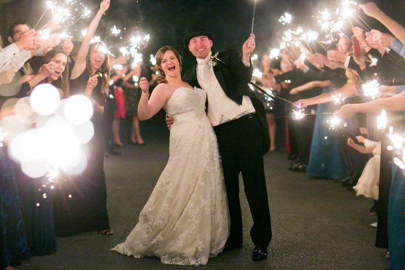 bride groom wedding send off sparklers shenandoah valley golf club front royal virginia julie napear photography 51 23772