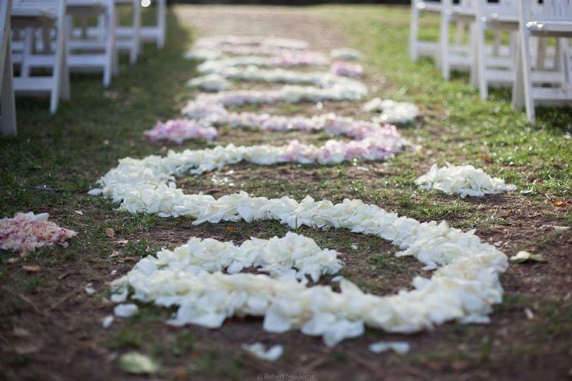 Decorative wedding isle