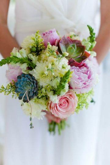 kp designs flowers madison wi weddingwire. Black Bedroom Furniture Sets. Home Design Ideas