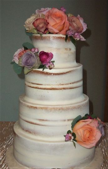 Naked cake decorated with flower