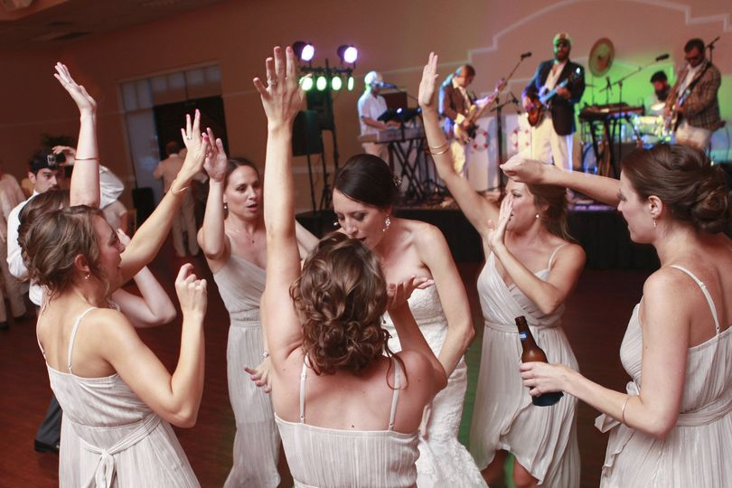 Bride and her ladies dancing