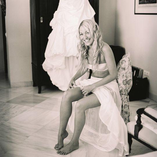 lizzie wynn bath photographer garter