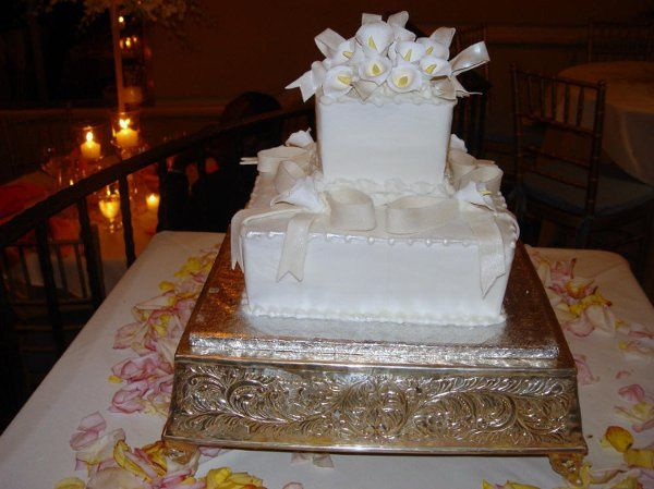 White square cake