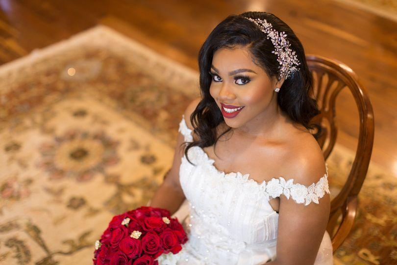 Juicy Looks Bride