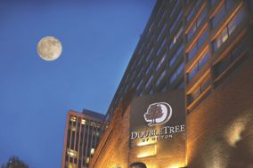 DoubleTree by Hilton - Nashville Downtown