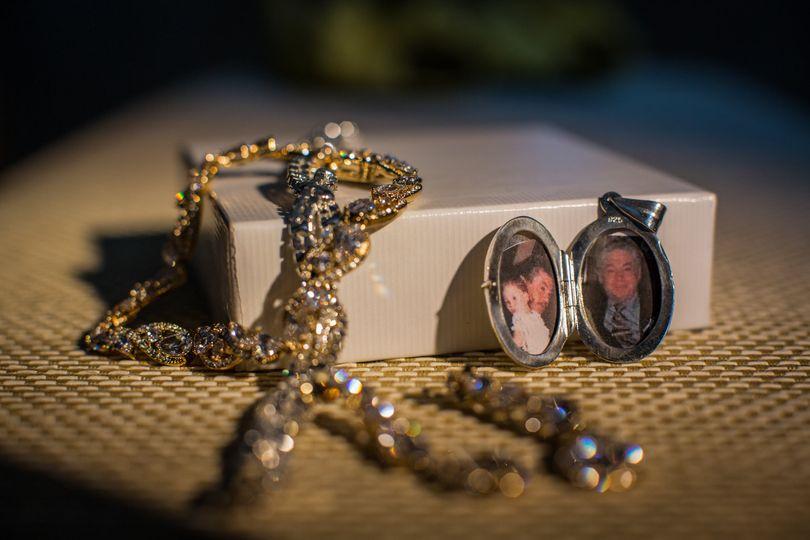 Bride's jewelry