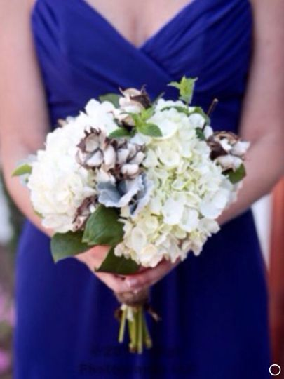 Vintage southern charm with hydrangea and raw cotton
