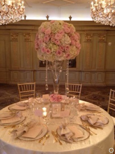 Classic centerpiece at the Grand Bohemian Asheville NC