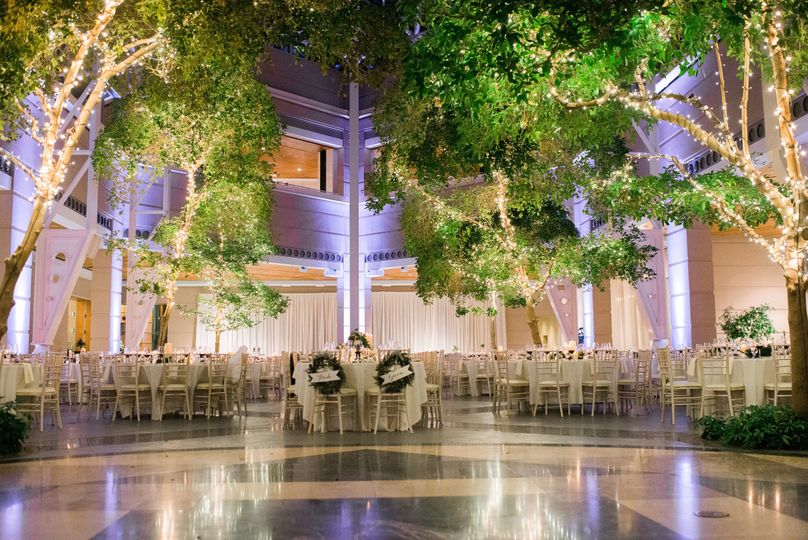 The wintergarden by monroes venue rochester ny weddingwire 800x800 1496418133820 img2619 800x800 1496418139662 wedding 9 junglespirit Image collections