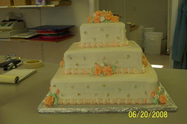 Tmx 1214440372134 100 1256 Abington wedding cake