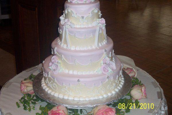 Tmx 1282651519879 1002493 Abington wedding cake