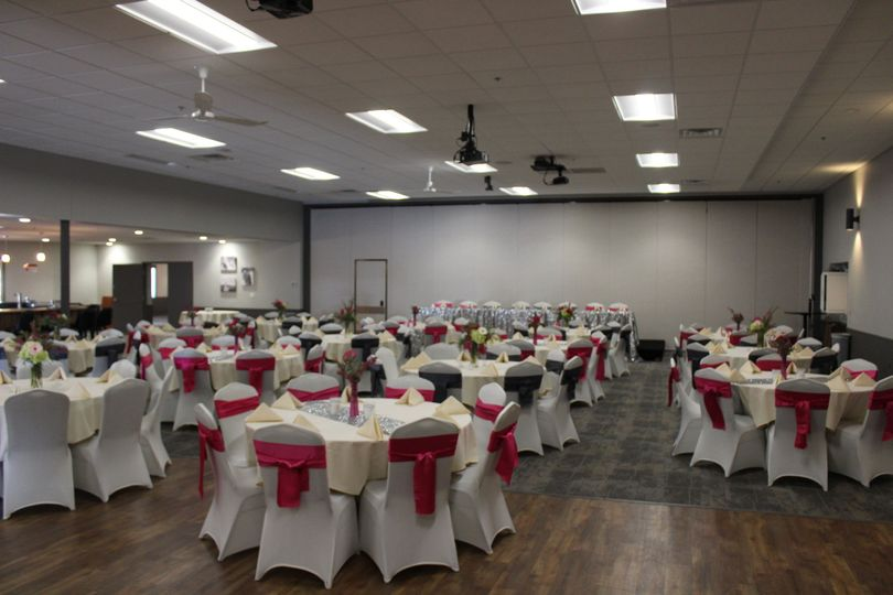 Red and white themed wedding