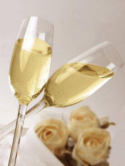 champagneflutesflowersistock000003576958medium