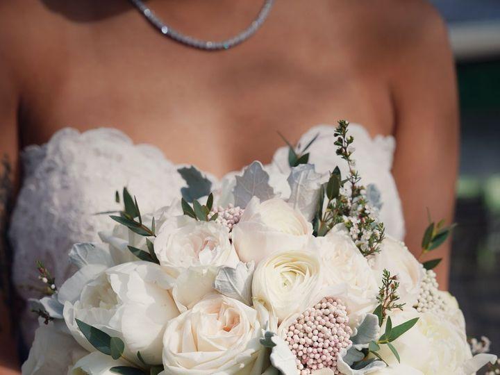 Tmx 1528047288 59cc2383594b3809 1528047285 839dae7c7c85cec5 1528047283083 16 IMG 0516 Brooklyn, NY wedding florist