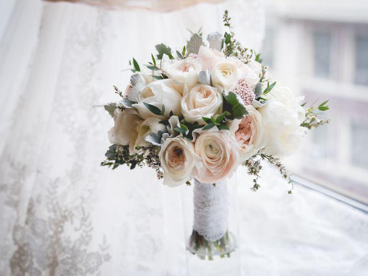 Tmx 1529431523 C0252a2b6d5b67ef 1529431520 962597cc3cc0ae61 1529431516764 1 DLNY02484 Battery  Brooklyn, NY wedding florist